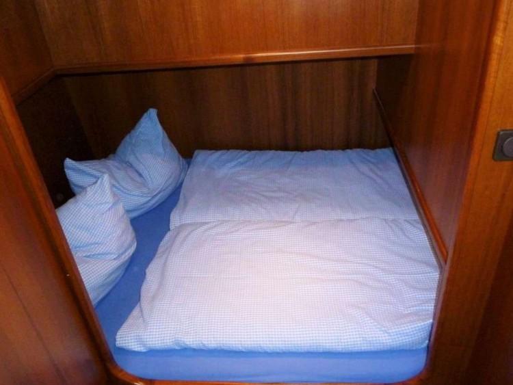 Yacht-Pedro-Donky-mieten-Boot-chartern-10
